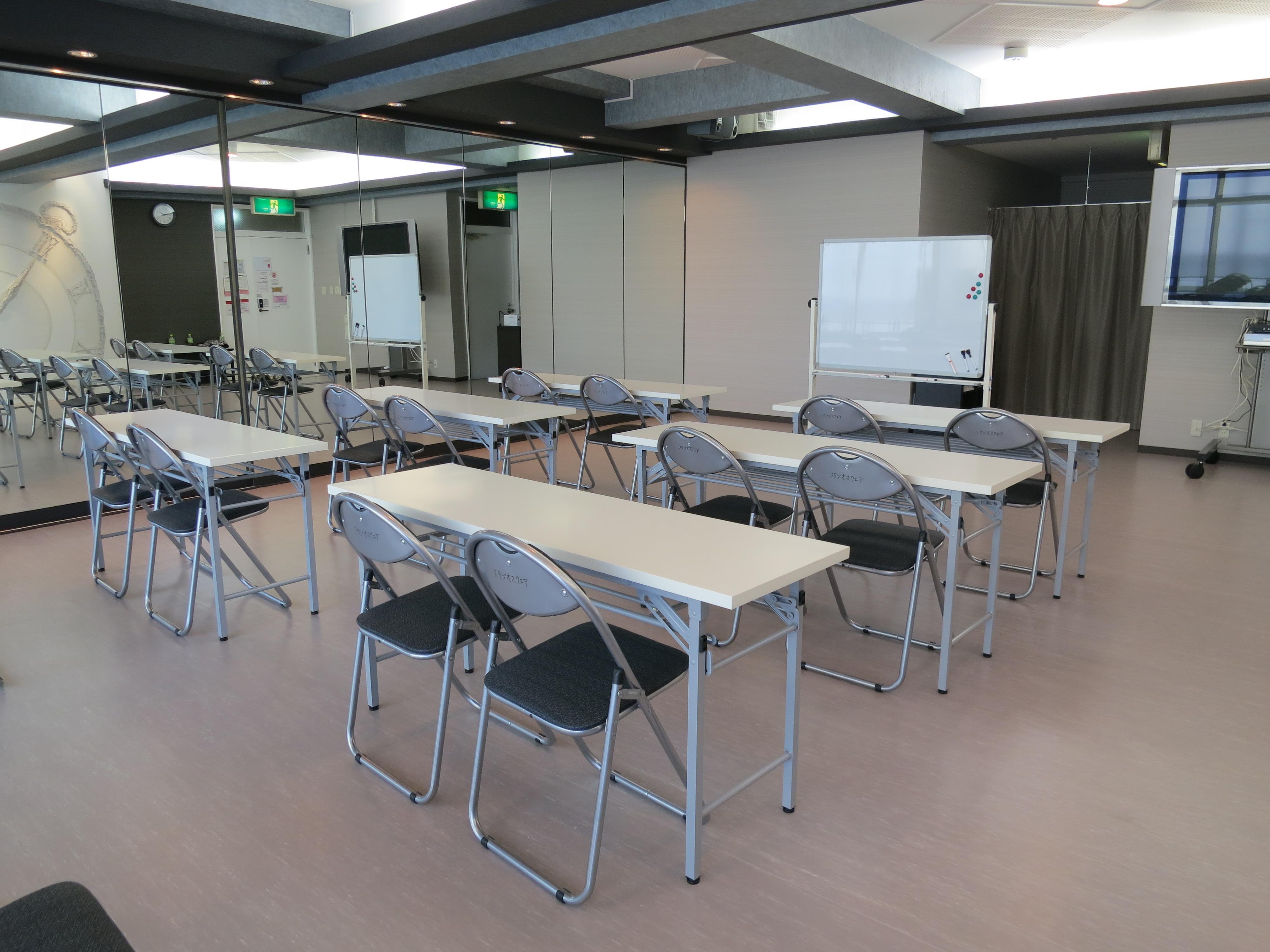 机 椅子 カルチャー教室