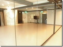 柏 レンタルスタジオ の鏡 全体