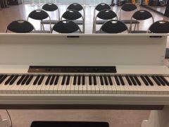 柏 レンタルスタジオの無料備品 88鍵盤電子ピアノ